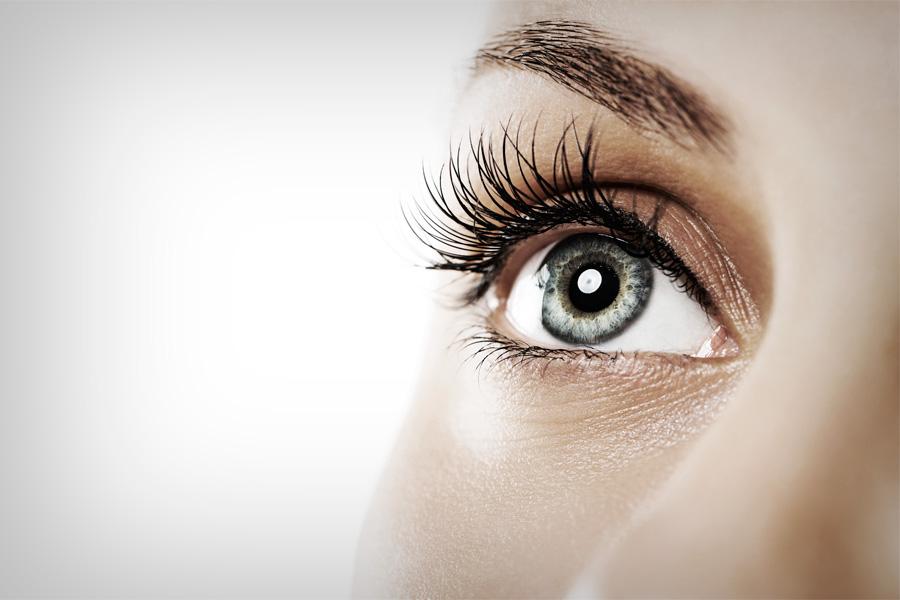 eyes-1-900x600