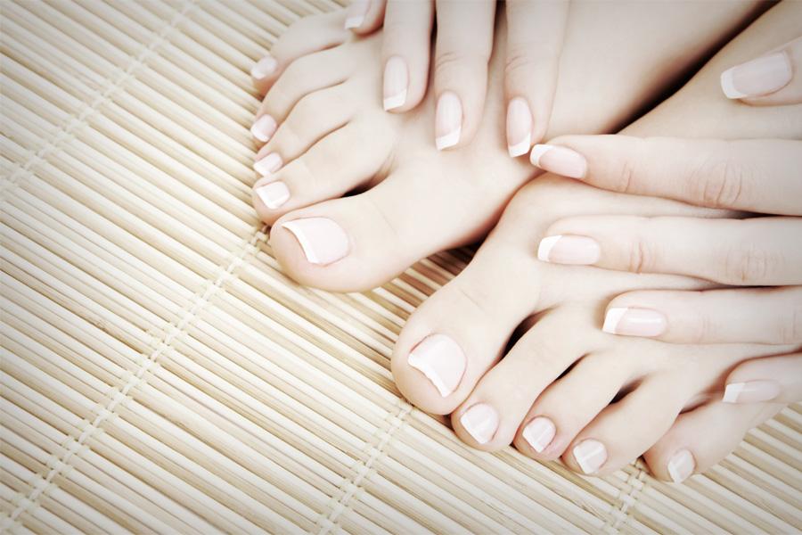 nails-1-900x600